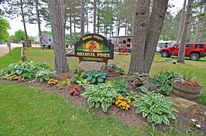 Mecosta Pines Campground Entrance Photo - Click on the photo to see a larger version